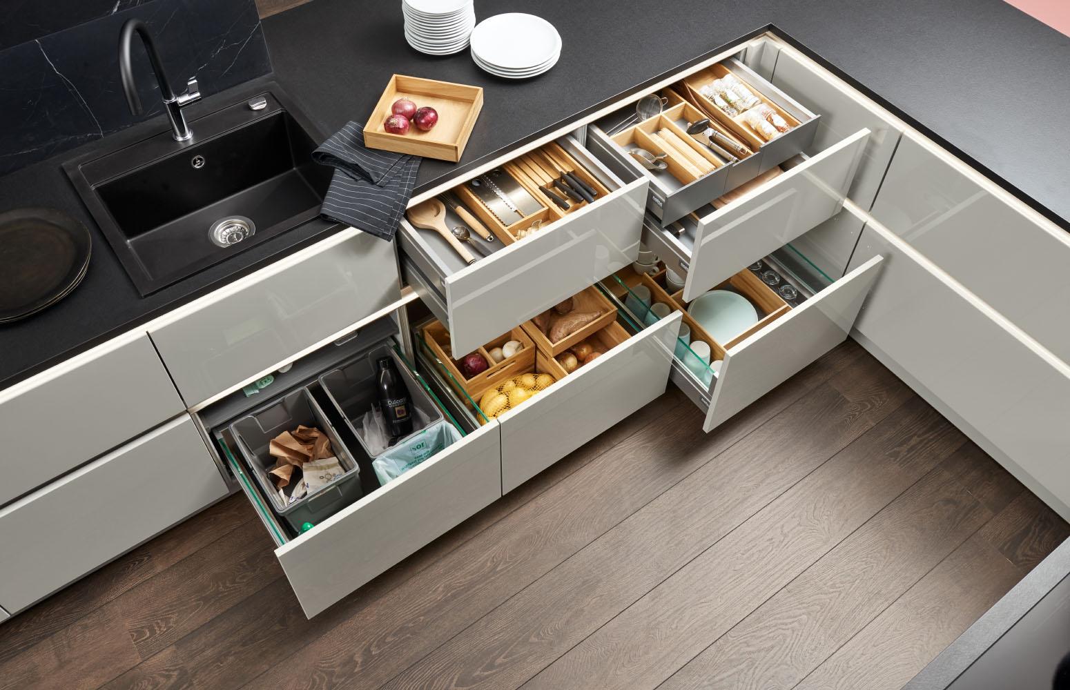 Vnútorné vybavenie a organizácia kuchyne značky Nolte od design-factory